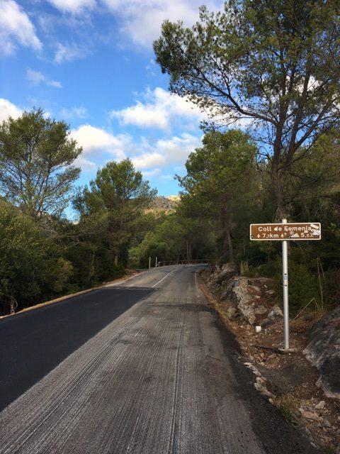 The bottom of Col(l) de Femenia