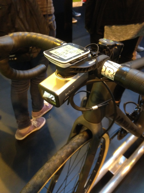 Varia bike light with 520